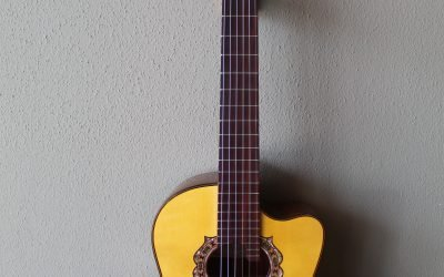 Just added to the store: Used 2021 Marlon (Francisco) Navarro Requinto Guitar with Cutaway