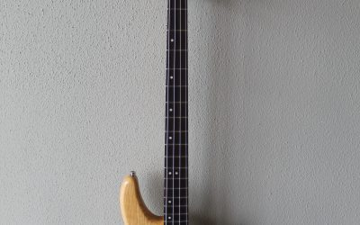 Just added to the store: Used Schecter Diamond Series CV-4 Four String Bass Guitar with Hard Case